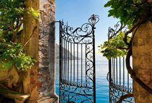 Gates / Doorways