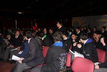 Primeras Olimpiadas UNAB: Pasion por el Conocimiento - 06/10/2015 / En la actividad, organizada por PREUNAB de la U. Andrés Bello y la Dirección de Vinculación Escolar, participan 61 colegios. La final de las Olimpiadas del Conocimiento fue el 06/10/2015