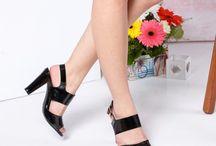 Sandale cu toc gros dama