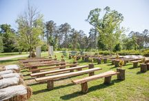 Rustic Wedding Ceremony Ideas / The perfect setup for your rustic wedding ceremony.