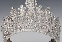CROWNS / beautiful photos of crowns