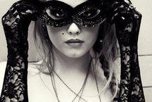Black and White / by Mariah Keren