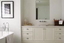Beautiful Bath / by Dianne Tolar