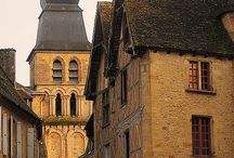 Sarlat, the market town in the novel / Cat goes to Sarlat on her journey through France, trying to solve the decades old mysteries in the abandoned apartment in Paris x