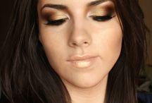 Make-up / by Diana Meldrum