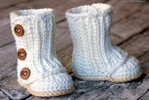 CROCHET~BABY SHOES