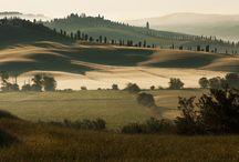 Toscana. Siena, Cortona, San Gimignano, Volterra, Chianti / Itinerario toscano tra crete senesi,chianti