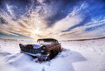 rusty snow car