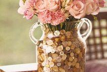 Arte com Botões / Button Craft Ideas / Artesanatos com Botões! Temos um setor inteirinho de lindos botões: http://goo.gl/bj9klX