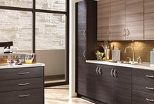 Kitchen Design: Grecian Decor with European Kitchen Cabinets / A kitchen for a cooking goddess requires traditional Grecian design and the Roberto Fiore Modern Elegance Kitchen Cabinets!