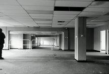 empty shop exhibition - easter