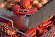 Summer Lobster Bake / Fun decor, invitations and activities for your beachy lobster paarty!