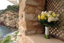 A Springtime Wedding / Tulips and Roses in Amante