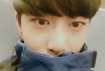 Selfies hyungwon