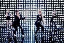 2NE1 (I AM THE BEST) M/V