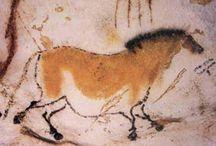 Traces / Le thème est la trace, sous toute ces perceptions, de la préhistoire à toute sorte de trace.