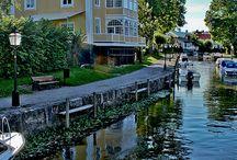 Södermanland / Södermanland. Strängnäs är den plats där jag bor. Åker mycket på sommaren runt i Sörmland.