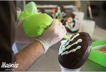 Πασχαλινά σοκολατένια αυγά! / Στο Εργαστήριο Ζαχαροπλαστικής Μασκώτ.