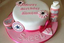 Lucia's Cakes & Cupcakes