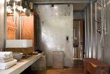 Style Industriel // Salle de bain / Avec Fabuloft, notre stand au Cersaie, nous vous invitons à plongez dans l'univers du style industriel !  Une sélection de salles de bains dans le style purement industriel. #WeLoftYou
