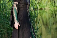 reinassance dress