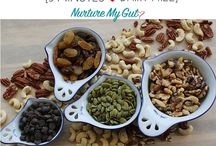 Clean Eating Snacks / A collection of quick & easy clean eating snacks.