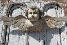 Un ángel llama a tu puerta