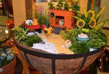 Fairy Garden | Fall & Halloween / Harvest and Halloween Fairy Garden Ideas + shop all the accessories.