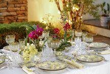 Jantares Especiais / Inspirações para montar uma mesa especial de jantar, em datas comemorativas ou para receber amigos íntimos em casa. Para quem prefere imaginar um cenário assim para celebrar a vida em família no aconchego de casa, aqui também estão algumas possibilidades!