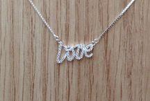 Patrizia Miotto Design / Colar Love em prata 925 e zircônias