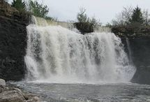Kansas Waterfalls / Kansas is full of waterfalls and each one is unique!