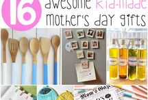 Mother's Day Love! / Mother's Day gift, card and activity ideas! / by White House Nannies