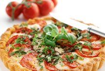 tomaatti mozzarellapiirakka