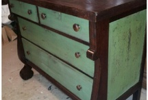 Dressers / A great DIY project to change the look of your room.