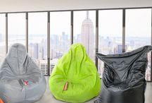 أفكار الديكور العصري / استخدم مقاعد الحبيبات لتكون ضمن تشكيلتك العصرية