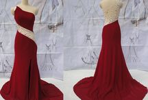 Dresses / Prom/wedding