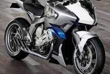 Autos und Motorräder, die mir gefallen