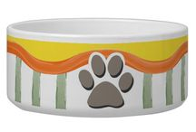 Pet Bowls / Modern and Beautiful bowls for dogs (or cats)