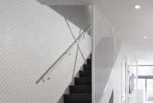 Design-Idee Für Treppen – Diese Treppe Landung Hat Schuhablage Versteckt.
