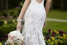 Perfect bride / Образ невесты - центральный. А потому он должен быть продуман до мелочей. Сотни тысяч рублей, потраченные на декор, можно считать выкинутыми впустую, если невеста надела неподходящие к платью туфли.