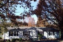 Cherokee Heights Homes for Sale / View Norris Lake Homes and Lots for Sale at Cherokee Heights in Jacksboro, TN.