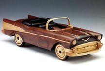 carrinho miniatura de madeira