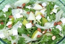 Salater / Fantastiske opskrifter på nemme salater, der både kan bruges som tilbehør eller spises for sig selv. Her finder du inspiration til at lige fra simple grønne salater til fyldige salater med kål og sommersalater med frugt - kun fantasien sætter grænser.