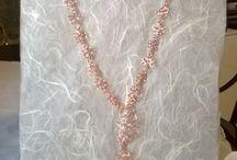 Creazione collana / Collana fatta interamente  a mano con filo di rame