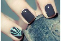 nails / by Erika Vieira
