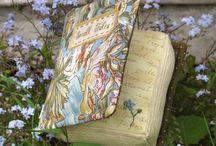 Biblioteca Mágica / Aqui estão reunidos livros que eu amo,quero e ideias de bibliotecas fofas e charmosas.