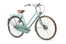 fietsen / by Andrea Migneau