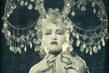 Decadence / Be at the Barefoot Contessa's Decadence Ball on 2 November on the Opera Stage of the State Theatre. www.thedecadenceball.co.za