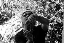 Fotos, Alejandro en fotos / En todos los lugares posibles e imposibles