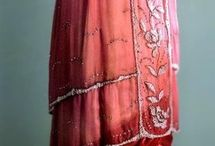 plans: 1910 dress to the theatre